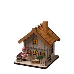 beleuchtetes-Holzhaus-Weihnachtsdeko